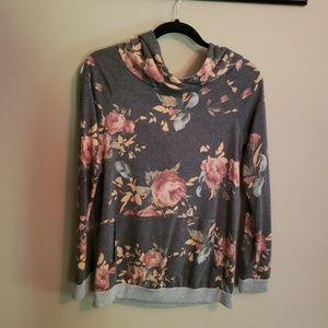 Soft and comfy floral design sweatshirt